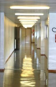school-hallway-1559891